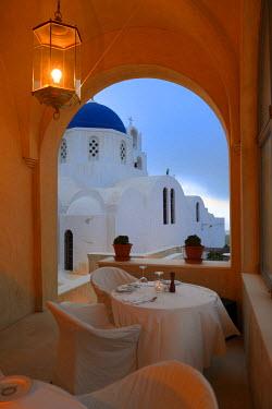 HMS1673150 Greece, Cyclades, Aegean Sea, Santorini (Thira or Thera), village of Pyrgos, the Relais & Chateaux hotel Zannos Melathron, the terrace