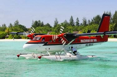 MIV0180AW Hydroplane, Kanuhura Island, Lhaviyani Atoll, Maldivian Airtaxi, Maldives