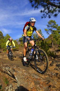 SPA5443AW Mountain Biker, Teide National Park, Tenerife, Canaries, Spain (MR)