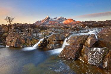 FVG002135 United Kingdom, UK, Scotland, Highlands, River Sligachan and Black Cuillin at sunrise