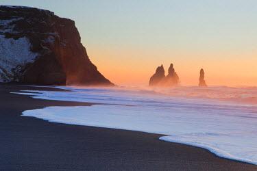 FVG005169 Iceland, South Iceland, The black beach of Vik