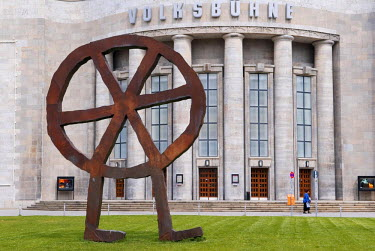 HMS0222797 Germany, Berlin, Volksbuhne am Rosa-Luxemburg-Platz Theatre