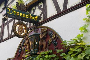 HMS0630393 Germany, Hesse, Rudesheim am Rhein, sign in Drosselgasse