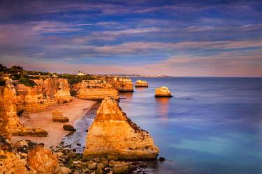 POR7769AW Praia da Marinha, Algarve, Portugal