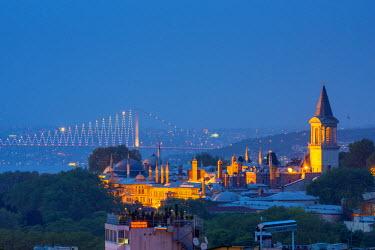 TK01620 Turkey, Istanbul, Sultanahmet, Topkapi Palace and First Bosphorus Bridge
