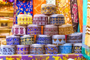OMA2473AW Oman, Muscat. Souvenirs for sale at a shop in the old souk of Mutrah