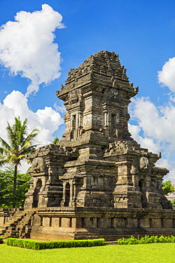 IDA0667 Indonesia, Java, Singosari. Candi Singosari in a Javanese Hindu temple that dates back to the early 13th century. It is the only remaining monument of the once great Kingdom of Singosari, founded in 1...