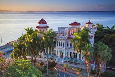 CB02080 Cuba, Cienfuegos, Punta Gorda, Palacio de Valle�- now a restaurant , museum and bar