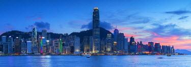 CH10304AW View of Hong Kong Island skyline at sunset, Hong Kong