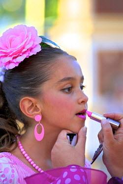 ES03123 Small Girl in Traditional Spanish Costume, Jerez de la Frontera, Cadiz Province, Andalusia, Spain