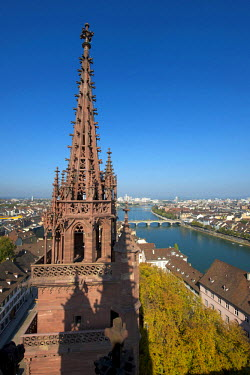 HMS0700975 Switzerland, Basel, view from the cathedral over the Rhine river and the Mittlere Brucke