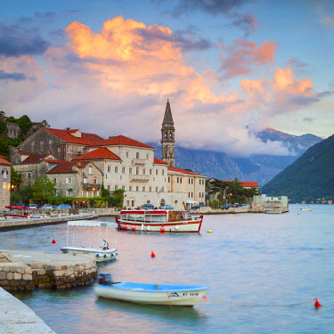 MR01195 The picturesque coastal village of Perast illuminated at sunset, Perast, Bay of Kotorska, Montenegro