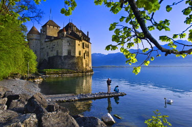 HMS0581697 Switzerland, Canton of Vaud, Leman lake, Chillon castle at the south of Montreux