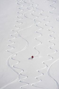 HMS1770035 Switzerland, Ticino, Gotthard range, Val Bedretto, off piste skiing at Pizzo Cristallina