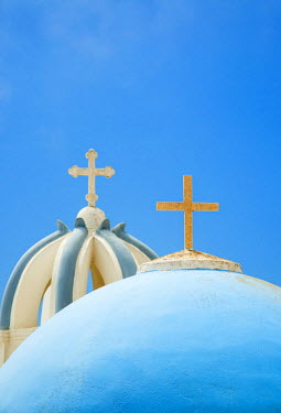GRE0814AW Church domes in Firostefani, Santorini (Thira), Greece