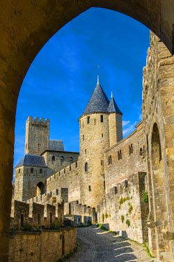 FRA8211AW The medieval fortified city, Carcassonne, Languedoc-Roussillon, France