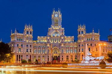 Night view of Cibeles Palace, Plaza de Cibeles, Madrid, Comunidad de Madrid, Spain