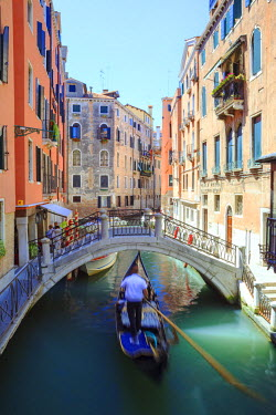 ITA3090AW Italy, Venice. View of a canal
