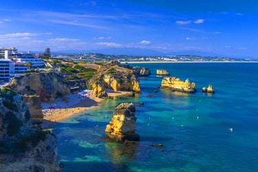PT06165 Portugal, Algarve, Lagos, Dona Ana Beach (Praia Dona Ana)