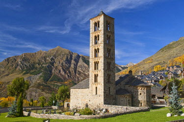 HMS0384477 Spain, Catalonia, Boi valley, Sant Climent de Taull church