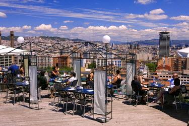 HMS0243185 Spain, Catalonia, Barcelona, restaurant bar in Montjuic Hill