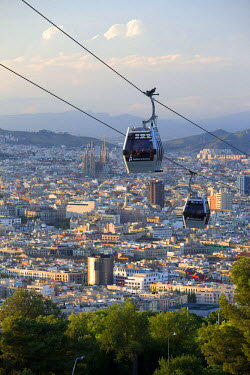 HMS0239185 Spain, Catalonia, Barcelona, Montjuic Hill, cable car