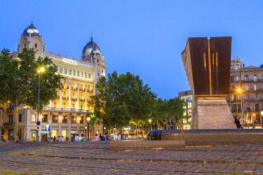 HMS1753538 Spain, Catalonia, Barcelona, Eixample, Plaza Catalunya (Catalunya Square)