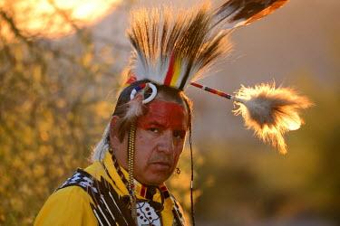 USA9362AW Jim Yellowhawk at Lost Dutchman State Park, Phoenix, Arizona, USA MR