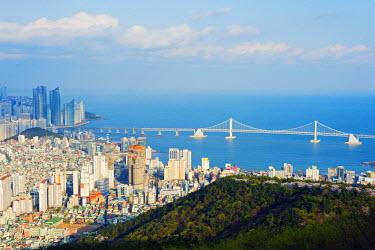 SKO0109 Asia, Republic of Korea, South Korea, Busan, city skyline and Gwangang bridge