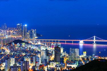 SKO0110 Asia, Republic of Korea, South Korea, Busan, city skyline and Gwangang bridge
