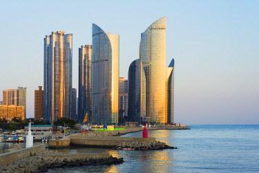 SKO0115 Asia, Republic of Korea, South Korea, Busan, city skyline