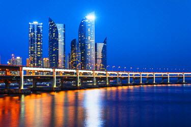 SKO0117 Asia, Republic of Korea, South Korea, Busan, city skyline