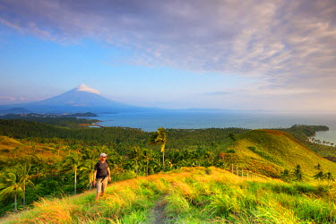PHI1296 South East Asia, Philippines, south east Luzon, Legazpi, Mount Mayon Volcano MR