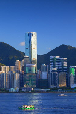 CH10318AW One Island East skyscraper and apartment blocks, Tai Koo, Hong Kong Island, Kowloon, Hong Kong