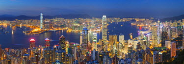 CH10346AW View of Kowloon and Hong Kong Island from Victoria Peak at dusk, Hong Kong