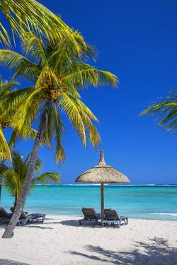 MA01137 Beachcomber Dinarobin Hotel, Le Morne Brabant Peninsula, Black River (Riviere Noire), West Coast, Mauritius