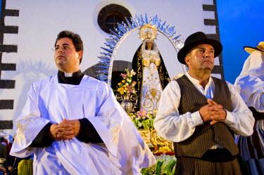 HMS0202944 Spain, Canary Islands, Lanzarote Island, Mancha Blanca, Romeria festival celebrating the virgen de los dolores, in front the church