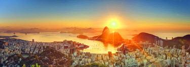 BZ01266 Brazil, Rio de Janeiro, View of Sugarloaf and Rio de Janeiro City