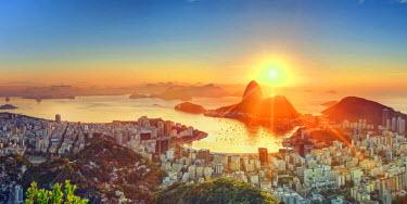 BZ01267 Brazil, Rio de Janeiro, View of Sugarloaf and Rio de Janeiro City