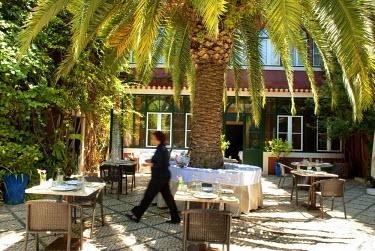 HMS0261117 Portugal, Lisbon, Santos District, York House Hotel, Rua das janelas verdes 32, restaurant in the inner courtyard