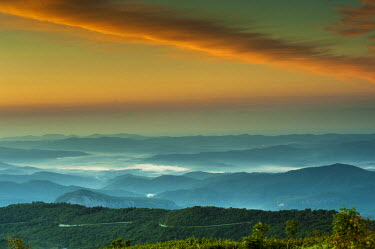 US34HGA0003 Tennant Mt, Graveyard Fields area, sunrise, North Carolina,