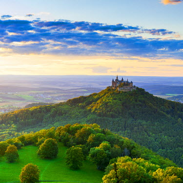 DE05217 Elevated view towards Hohenzollern Castle at sunset, Swabia, Baden Wuerttemberg, Germany