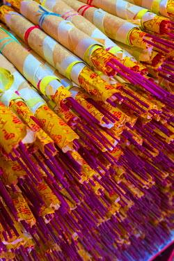 MY01309 Malaysia, Kuala Lumpur, China Town, Taoist temple of Sin Sze Si Ya or Sze Yah, Incense sticks