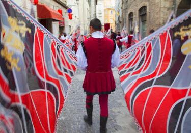 ITA3294AW Flag bearer in medieval festival of La Quintana, Ascoli Piceno, Le Marche, Italy
