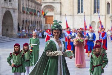 ITA3298AW Medieval festival of La Quintana in Piazza del Popolo, Ascoli Piceno, Le Marche, Italy