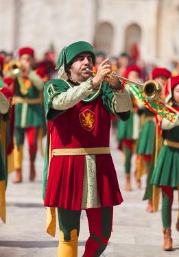 ITA3300AW Medieval festival of La Quintana in Piazza del Popolo, Ascoli Piceno, Le Marche, Italy