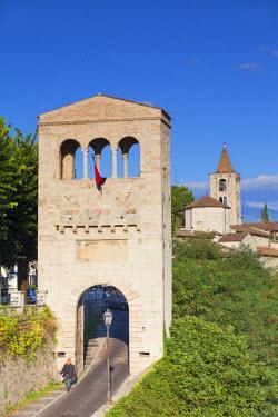 ITA3317AW View of Porta Tufilla and Ascoli Piceno, Le Marche, Italy