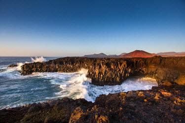 SPA6206AW Cliffs, Los Hervideros, Lanzarote, Canary Islands, Spain