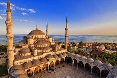 HMS0192350 Turkey, Istanbul, historical centre listed as World Heritage by UNESCO, Sultanahmet District, Sultan Ahmet Camii (Blue Mosque)