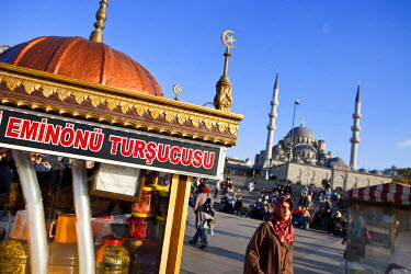 HMS0382996 Turkey, Istanbul, Eminonu District, Yeni Cami (New Mosque) in the historical centre listed as World Heritage by UNESCO